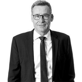 Djurslands Bank Direktion - Åbningstider og medarbejdere